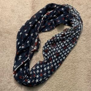 Accessories - (3/$20 or 2/$15) American Flag Infinity Scarf